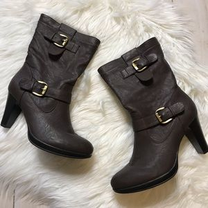 Rialto Brown Heeled Gold Buckle Boots